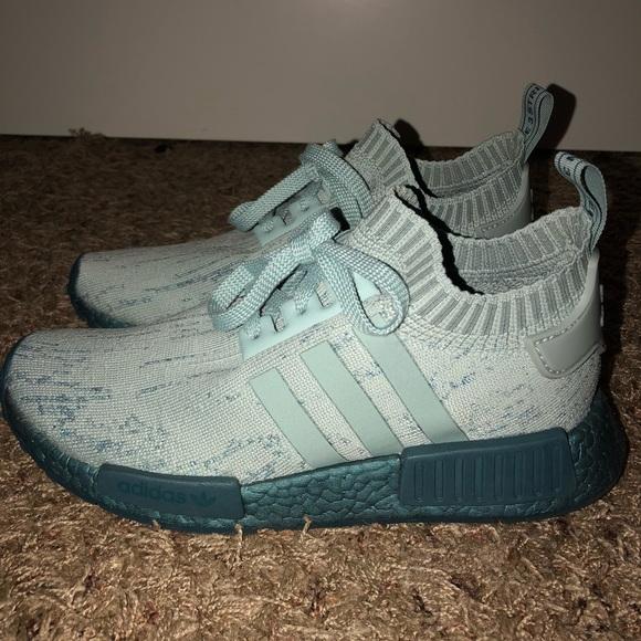 le adidas donne nmd r1 primeknit scarpe poshmark